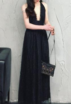 [수입] 메쉬 디핑 비치 원피스 30대여성쇼핑몰 결혼식하객패션 하객원피스 수입여성의류 원피스쇼핑몰 연예인원피스