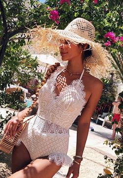 [수입] 벨리레이스 모노키니 수영복 30대여성쇼핑몰 결혼식하객패션 하객원피스 수입여성의류 원피스쇼핑몰 연예인원피스