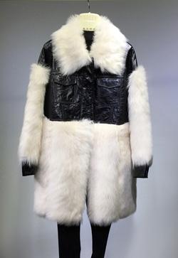 [수입] 토스카 압도 양털 자켓