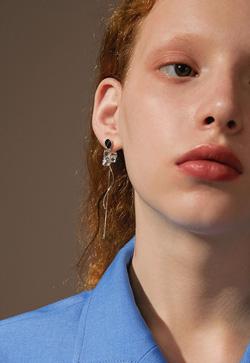 [수입] 보드블루 웨이브 귀걸이