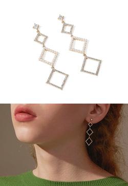 [수입] 메이즈 사각 귀걸이