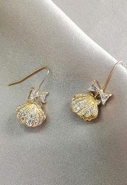 [수입] 금빛조개 스토닝 귀걸이