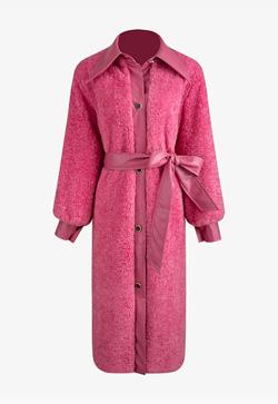 [수입] 뽀송한 스티치핑크 코트
