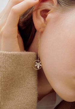 [수입] 꽃잎 라운디 데이트 귀걸이