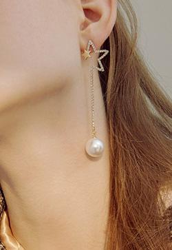[수입] 펄라이트 하프 스타 귀걸이