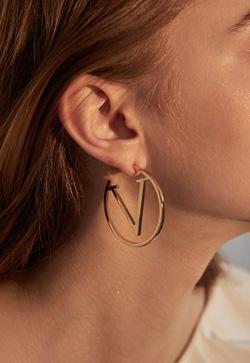 [수입] 링골드 브이 귀걸이 악세사리쇼핑몰 체인목걸이 이어커프 명품귀걸이 명품스타일