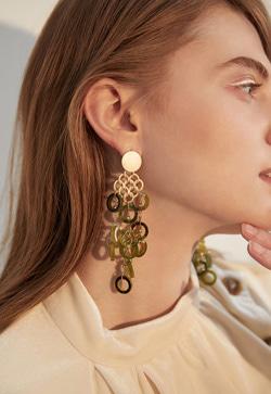 [수입] 넝쿨그린 귀걸이 악세사리쇼핑몰 체인목걸이 이어커프 명품귀걸이 명품스타일