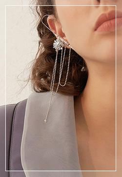 [수입] 실버개나리 갈고리 귀걸이 악세사리쇼핑몰 체인목걸이 이어커프 명품귀걸이 명품스타일