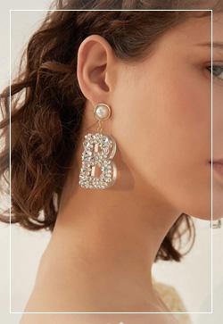 [수입] 비스타일 알파벳블링 귀걸이 악세사리쇼핑몰 체인목걸이 이어커프 명품귀걸이 명품스타일