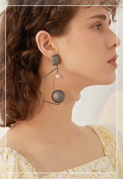 [수입] 아트와일드 볼 귀걸이 악세사리쇼핑몰 체인목걸이 이어커프 명품귀걸이 명품스타일