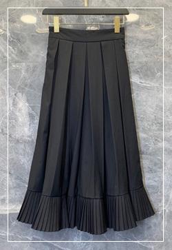 [수입] 라인 자수플롯 스커트 30대여성쇼핑몰 결혼식하객패션 하객원피스 수입여성의류 원피스쇼핑몰 연예인원피스
