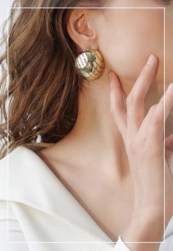 [수입] 초콜릿 골드하트 귀걸이 악세사리쇼핑몰 체인목걸이 이어커프 명품귀걸이 명품스타일