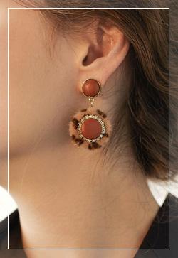 [수입] 밀키베이지 호피 귀걸이 악세사리쇼핑몰 체인목걸이 이어커프 명품귀걸이 명품스타일