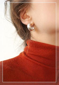 [수입] 무광실버 미니링 귀걸이 악세사리쇼핑몰 체인목걸이 이어커프 명품귀걸이 명품스타일