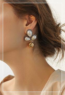 [수입] 에르시 진주꽃 귀걸이 악세사리쇼핑몰 체인목걸이 이어커프 명품귀걸이 명품스타일