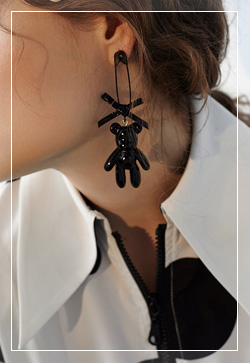 [수입] 클립 곰돌이 귀걸이 악세사리쇼핑몰 체인목걸이 이어커프 명품귀걸이 명품스타일