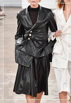 [수입] 트리밍 유광블랙 센스 자켓 30대여성쇼핑몰 결혼식하객패션 하객원피스 수입여성의류 원피스쇼핑몰 연예인원피스