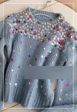 [수입] 몬트 꽃스팽글 숏 니트 탑 30대여성쇼핑몰 결혼식하객패션 하객원피스 수입여성의류 원피스쇼핑몰 연예인원피스