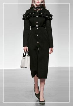 [수입] 진주방울 눈꽃블랙 코트 30대여성쇼핑몰 결혼식하객패션 하객원피스 수입여성의류 원피스쇼핑몰 연예인원피스