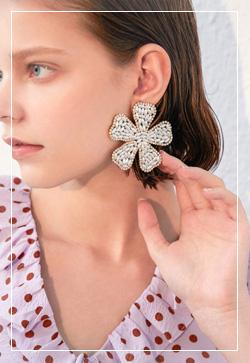 (수입) 비즈 빅 꽃잎 귀걸이