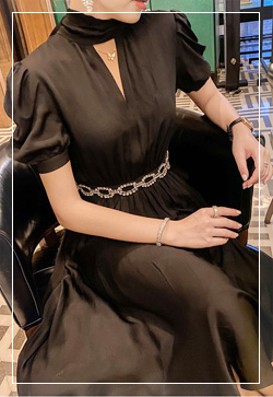 (수입) 마릴린 체인벨트 블랙 원피스
