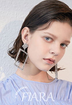 (수입) 사각프레임 크리스탈 귀걸이