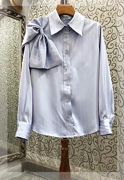 (수입) 숄더 매듭 스트라이프 셔츠