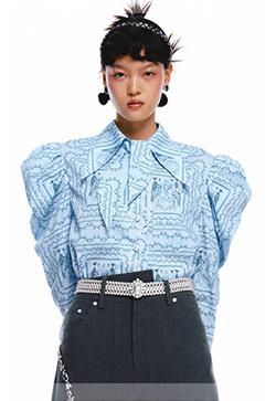 (수입) 하늘색 패턴 셔링셔츠